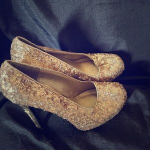 Gold shoes size 6 1/2
